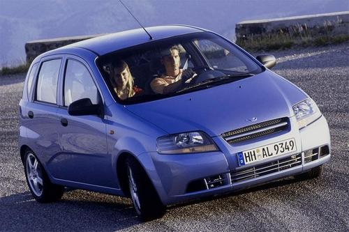 Compare Daewoo Kalos and Daewoo Matiz. Which is Better