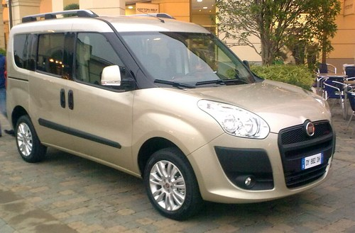 compare fiat doblo and honda shuttle  which is better