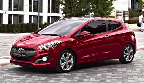 Difference between hyundai accent and i30