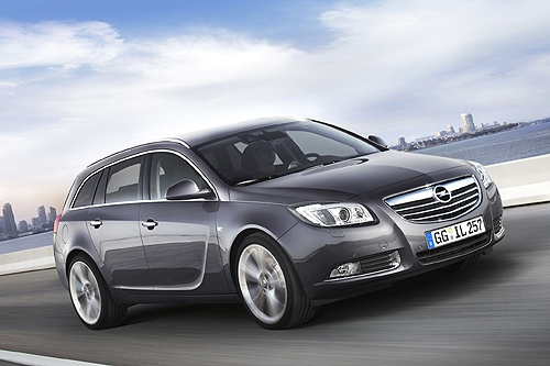 Compare Hyundai I40 And Opel Insignia Which Is Better