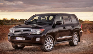 Land Cruiser (J200 facelift) 2013-2017